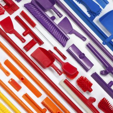 utiles de limpieza código de colores 370x370 - 7 razones GENIALES para tener útiles de limpieza codificados por COLORES
